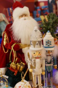 Ded Moroz and Snegurochka dolls 2